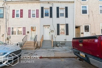 24 W Front St 3 Beds House for Rent Photo Gallery 1