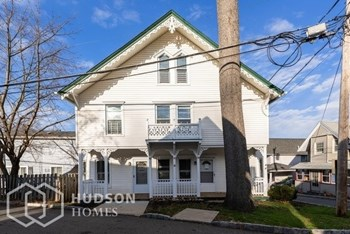 25 Morris Ave Unit 1 4 Beds House for Rent Photo Gallery 1