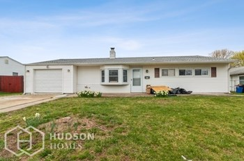 276 Pinewood Dr 3 Beds House for Rent Photo Gallery 1