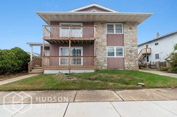 300 HAMPSHIRE DR 3 Beds House for Rent Photo Gallery 1
