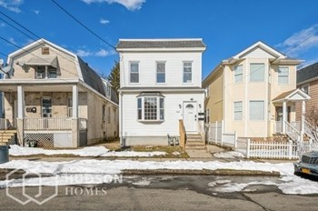 310 Neville Street Unit 1 1 Bed House for Rent Photo Gallery 1