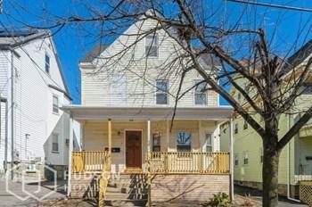 31 Calhoun Avenue Unit 2 3 Beds House for Rent Photo Gallery 1