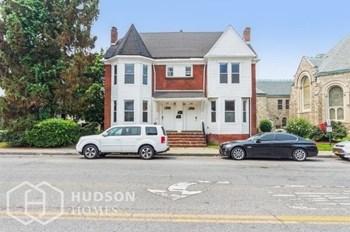 31 South Hamilton Street 3 Beds Duplex/Triplex for Rent Photo Gallery 1