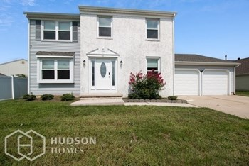 35 SLEEPY HOLLOW LN 4 Beds House for Rent Photo Gallery 1