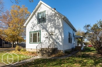 3636 216Th Pl 3 Beds House for Rent Photo Gallery 1