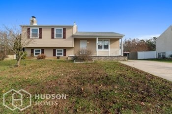 38 Mary Ellen Ln 4 Beds House for Rent Photo Gallery 1