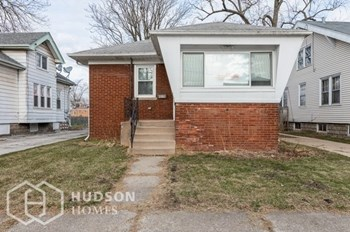428 MONROE ST 2 Beds House for Rent Photo Gallery 1
