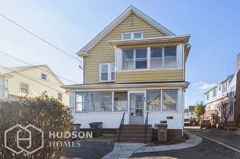 45 Wilson St Unit 1 2 Beds House for Rent Photo Gallery 1