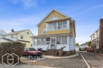 45 Wilson St Unit 3 1 Bed House for Rent Photo Gallery 1