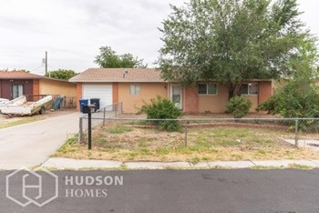 4608 Spring Valley C 3 Beds House for Rent Photo Gallery 1