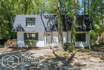 4647 Oakwood Dr 4 Beds House for Rent Photo Gallery 1