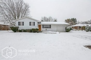 559 Crestwood Ave 4 Beds House for Rent Photo Gallery 1