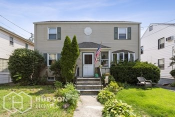 595 LINDEN AVENUE 2 Beds House for Rent Photo Gallery 1