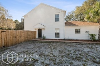 6115 OAK CLUSTER CIR 2 Beds House for Rent Photo Gallery 1