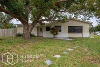 6901 N 298Th Ave 3 Beds House for Rent Photo Gallery 1