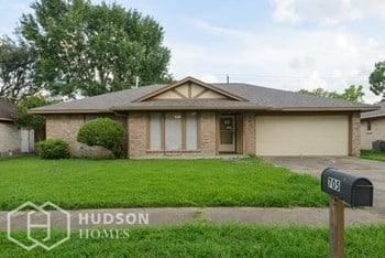 705 REGENCY DR 4 Beds House for Rent Photo Gallery 1