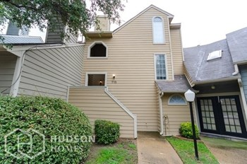 715 BERKLEY PLAZA 2 Beds House for Rent Photo Gallery 1
