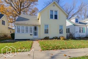 812 GARFIELD ST 3 Beds House for Rent Photo Gallery 1