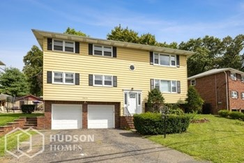 85 ROCK RD Unit 1 2 Beds House for Rent Photo Gallery 1
