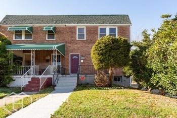 906 N Warwick Ave 3 Beds House for Rent Photo Gallery 1