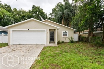 9305 20Th St N 3 Beds House for Rent Photo Gallery 1
