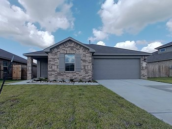 20755 Central Concave Dr 3 Beds House for Rent Photo Gallery 1