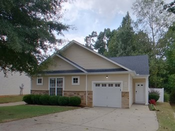156 Hutson Ln 3 Beds House for Rent Photo Gallery 1