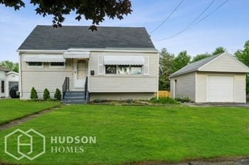 5 Wyandotte St 4 Beds House for Rent Photo Gallery 1