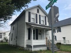 121 TRIPP ST 3 Beds House for Rent Photo Gallery 1