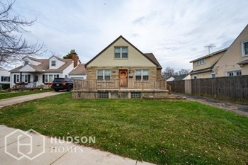 730 BERKSHIRE RD 3 Beds House for Rent Photo Gallery 1