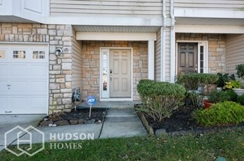171 Acorn Drive 2 Beds House for Rent Photo Gallery 1