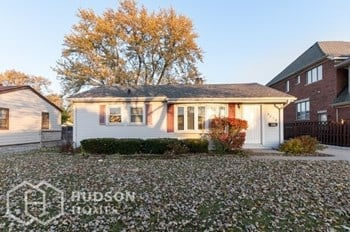 8039 Sayre Ave 3 Beds House for Rent Photo Gallery 1