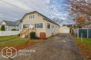 17 JOHN STREET 3 Beds House for Rent Photo Gallery 1