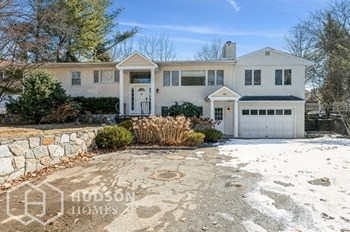 16 Dandy Dr 3 Beds House for Rent Photo Gallery 1