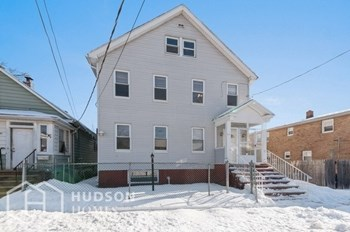1107 Frank Street Unit 1 2 Beds House for Rent Photo Gallery 1