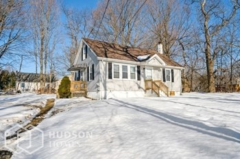 14 Kenney Dr 4 Beds House for Rent Photo Gallery 1