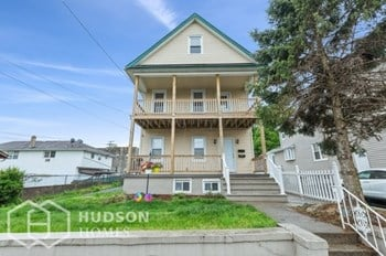 15 First Street Unit 2 2 Beds House for Rent Photo Gallery 1