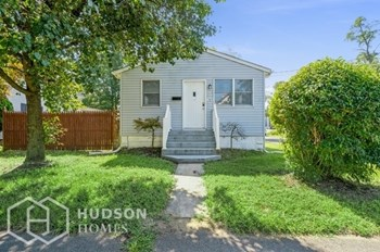 189 MANALAPAN ROAD 2 Beds House for Rent Photo Gallery 1