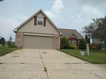 20101 MARIE CT 4 Beds House for Rent Photo Gallery 1