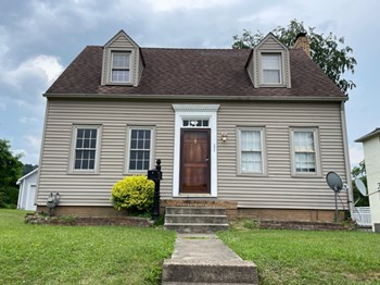 2924 North Hill Rd 2 Beds House for Rent Photo Gallery 1