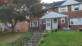 711 E 24Th Street Unit 2 2 Beds House for Rent Photo Gallery 1