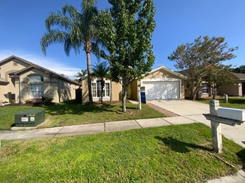 29533 Crossland Dr 4 Beds House for Rent Photo Gallery 1
