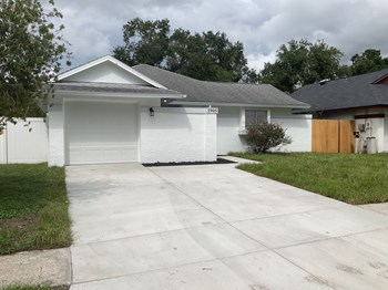 5905 Birchwood Dr 3 Beds House for Rent Photo Gallery 1