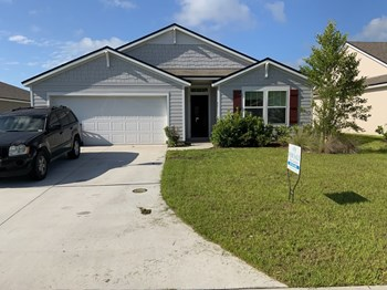 66 Oakley Dr 4 Beds House for Rent Photo Gallery 1