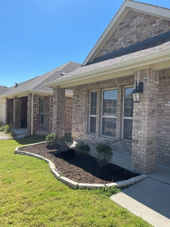 928 Lake Woodland Dr 3 Beds House for Rent Photo Gallery 1