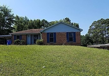 6953 Cove Cir 3 Beds House for Rent Photo Gallery 1