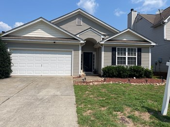 140 Clairidge Ln 3 Beds House for Rent Photo Gallery 1