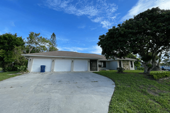1927 Greenlawn Dr 3 Beds House for Rent Photo Gallery 1
