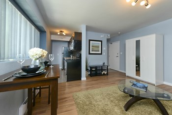340 Assiniboine Avenue Studio Apartment for Rent Photo Gallery 1