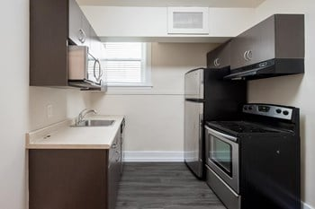 122 Langside Street 1-2 Beds Apartment for Rent Photo Gallery 1
